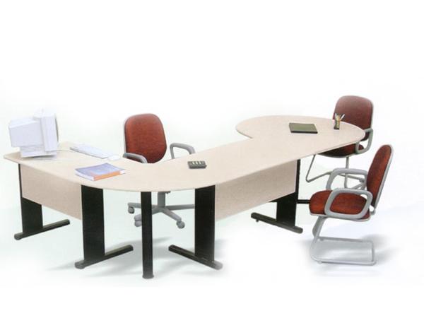 Mesas em L para breves reuniões